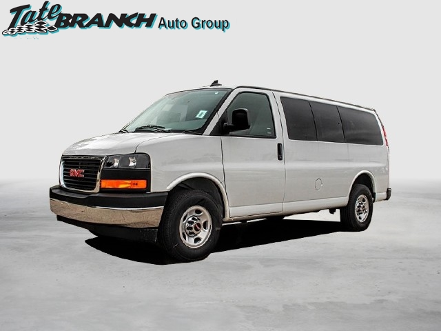 New 2018 GMC Savana 3500 LT