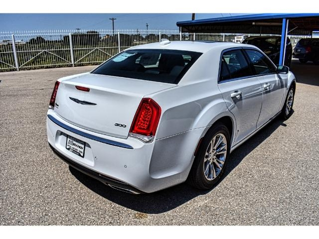 2018 chrysler sedans. plain chrysler new 2018 chrysler 300 touring rwd on chrysler sedans